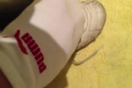 سلوبيرينغ و جيززينغ على أحذية أديداس